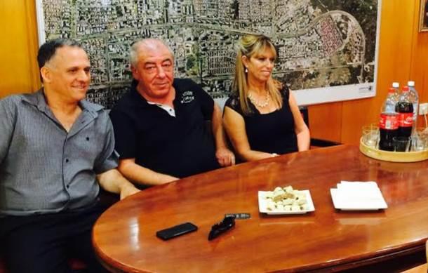 מימין: אביבבה כהן, ראש עיריית קרית ים דוד אבן צור ואיתי לוי, הבוקר